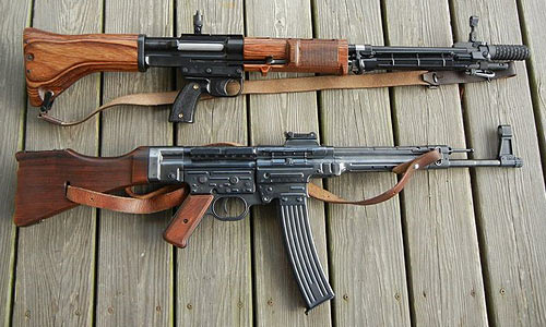Deactivated Sub Machine Guns & Assault rifles